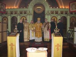 20.С духовенством Лионского храма